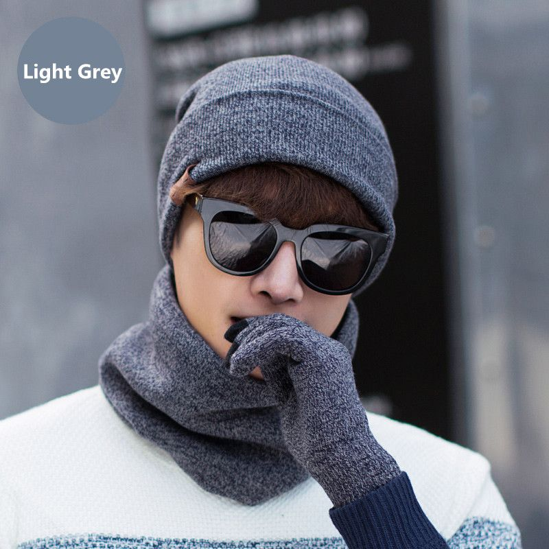 Men Hats Scarf Gloves Set Winter 2017 Hot Wool Knitted Hat Screen Touch Finger Gloves Sets Winter Warm Accessories