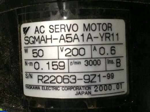 Servo motor    SGMAH-A5A1A-YR11    , Used one , 90% appearance new , 3 months warranty  , in stock