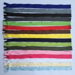 8 pcs 3 #28 cm 35 cm 40 cm 50 cm 55 cm 60 cm Long Invisible Fermetures À Glissière DIY Nylon Coil Zipper Pour Coudre Des Vêtements Coussin Oreiller Sur Mesure Outil