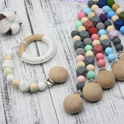 Neutre couleur bébé Sucette Clip Holder avec hêtre En Forme D'éléphant Pendentif Dummy titulaire Crochet perles nouveau-né cadeau NT132