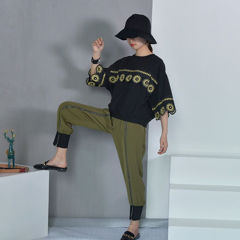 [EAM] 2018 New Autumn Zipper Decoration High Waist Solid Color Black Green Loose Pants Women Trousers Fashion All-match JC58806