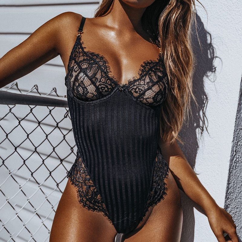 2019 nouveau Sexy licou dentelle body femmes Skinny 2019 évider noir combinaison barboteuse body feminino salopette maille combishort