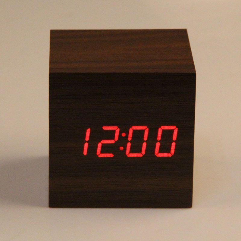 Nouveauté horloge de bureau 3 x AAA/USB alimenté Mini horloge en bois Portable rouge LED contrôle du son numérique réveil despertador