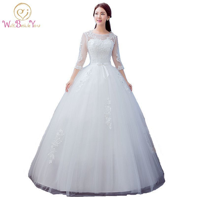 2017 Best Selling Ball Gown Lace Tulle Red Ivory Three Quarter Wedding Dress Chinese Style Cheap China Bridal Gown Online Store