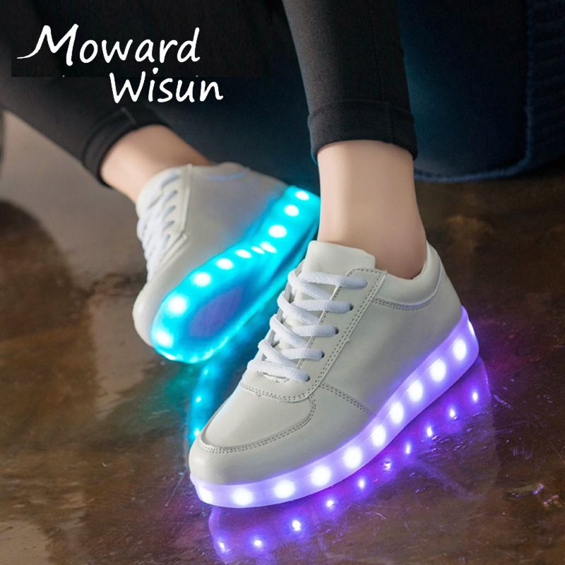 LED Shoes Luminous Sneakers Light Shoes Glowing Sneakers with Luminous Sole Basket for Boys&Girls Kids Feminino Tenis Slippers