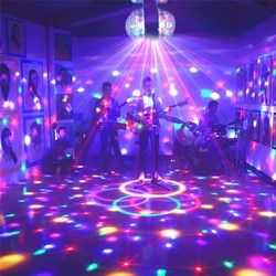 HUAN SHI JUNHO E27 3 W Coloridas Girando RGB LED Stage Luz Xmas Efeito festa Luz Mágica Bolas Duplas LEVOU Barra KTV DJ Disco Light