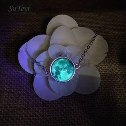 SUTEYI Glow in die Dunkelheit Kristall Armband Schmuck Leuchtende Sterne Serie Planeten Armbänder & Armreifen Glas Cabochon Armbänder