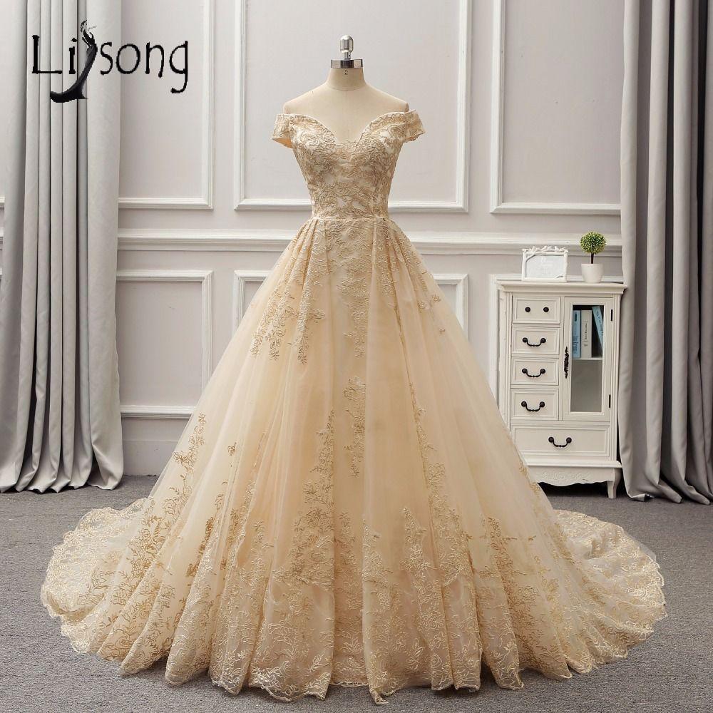 Arabia Dubai 3D Lace Light Gold Color Wedding Dresses Empire Bridal Gowns V-neck Royal Reain Vintage Vestido De Noiva 2018