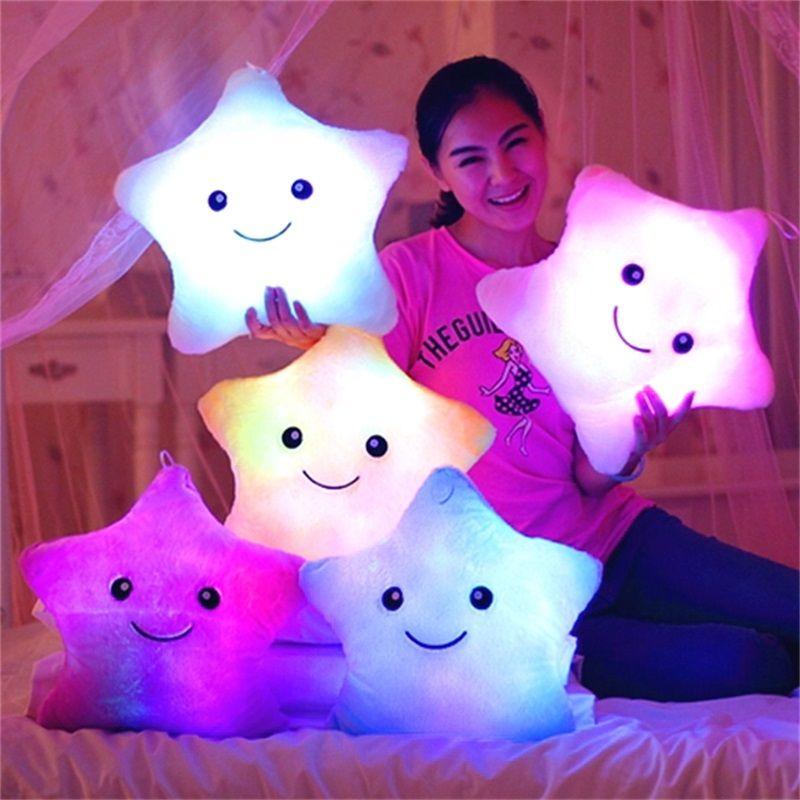 Étoile à cinq branches lumière oreiller Confort l'enfant de couchage oreiller Ameublement coussin de décoration jouets pour enfants cadeau