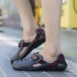 Musim Panas Sepatu Sandal Pria Baru Fashion Kasual Sandal Outdoor Pantai Sandal Kenyamanan Sandal Pria Outdoor Sepatu Lubang