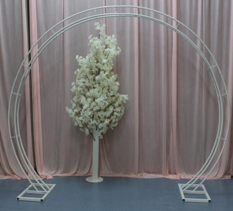 The wedding arch. Circular arch shelf wedding. Props decorate adornment stuff