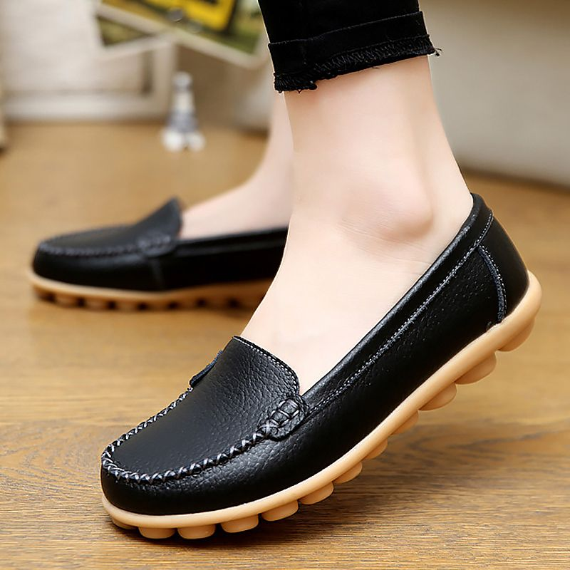Genuine leather shoes woman 2017 new solid slip on boat shoes for women flats shoes big size 35-44 loafers chaussure femme
