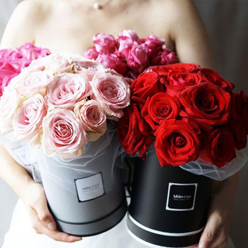 Haute Qualité Coréen Rond Couleur Pure Fleur Boîtes En Papier avec Couvercle Câlin Seau Fleuriste Emballage Cadeau Boîte Matériaux 13*13*18 cm 1 pc