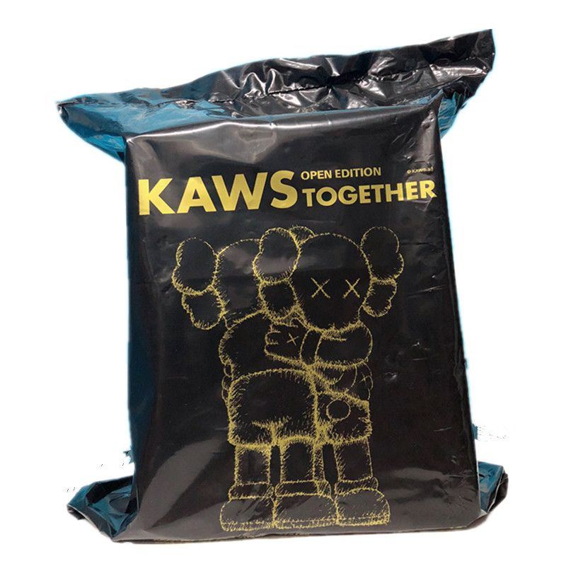 2pc/lot Original Fake Medicom Toy KAWS Together Hug Vinyl For Children Art Toy Action Figure Collection Model Giocattolo G1657