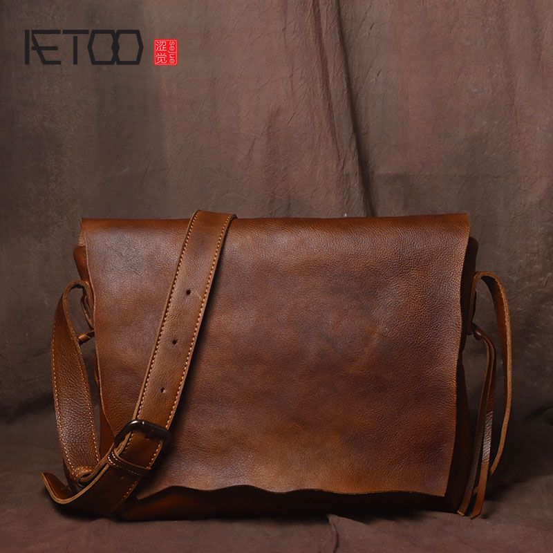 AETOO Retro handmade original simple personality shoulder bag men tanned leather cowhide messenger bag casual leather postman