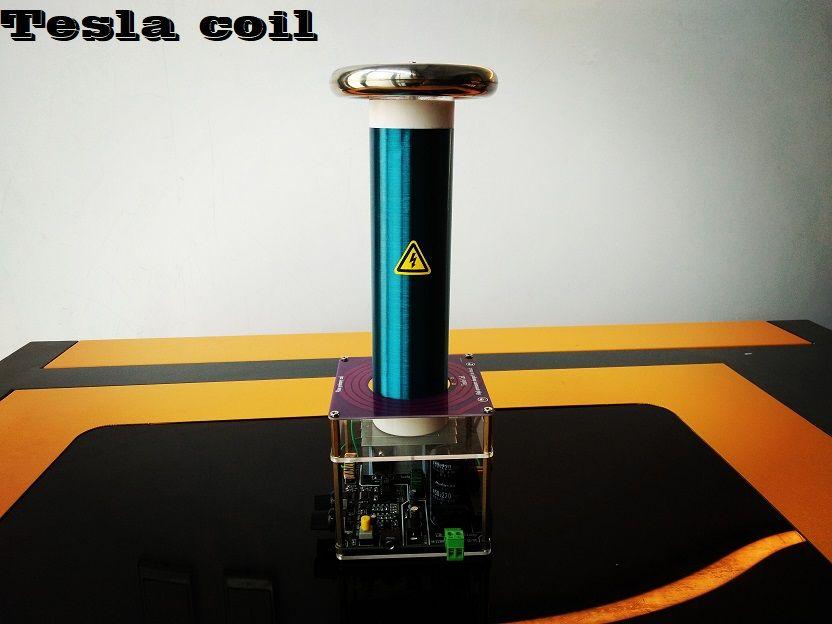 Tesla Spule Desktop Ebene Integrierte Solid State Musik