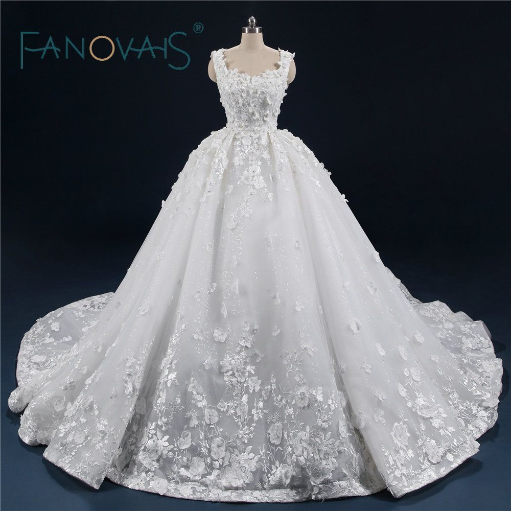Luxury Ball Gown Wedding Dresses 2018 Vintage Lace Wedding Gowns Flowers Vestido De Novia Robe De Mariage with Long Train