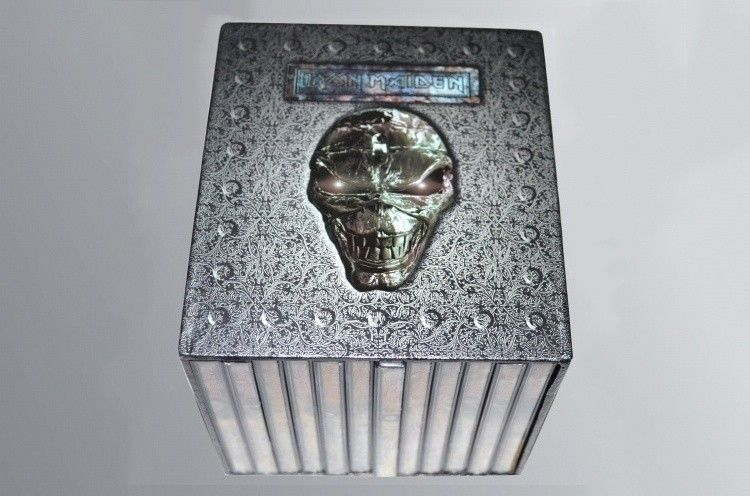 Wholesale High quality Iron Maiden Complete 12 Albums 15 CD Music CD Full Box Set Factory Sealed Heavy Metal CD