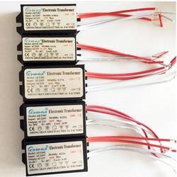 Une Puissance suffisante Transformateur Électronique Pour Lampe Halogène AC 220 V À AC12V 20 W-250 W En Option