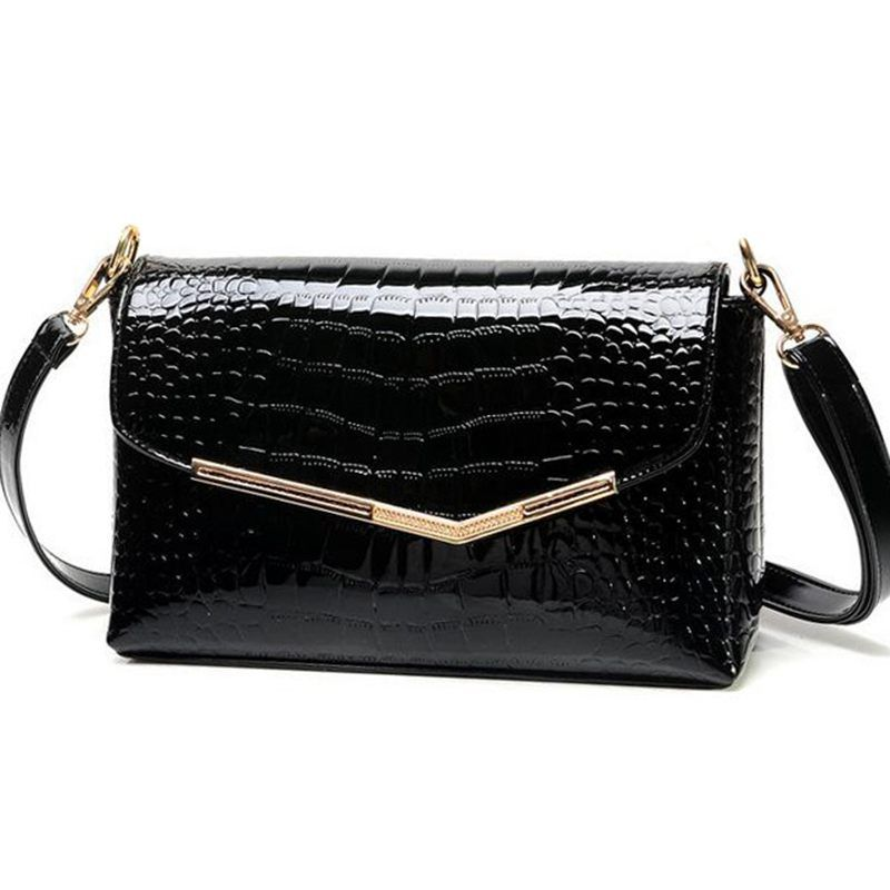 brand women messenger bags crocodile pattern patent leather handbag female small shoulder bags envelope clutch QT-310