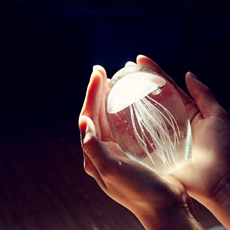 Colored Handmade Glow Glass Jellyfish Paperweight <font><b>Aquarium</b></font> Crystal Figurines Home Decoration