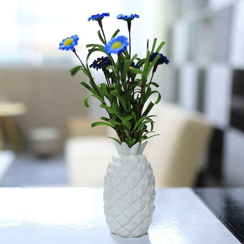 Nueva piña blanco porcelánico esmaltado florero pequeño y moderno home decor creativo hecho a mano de cerámica del florero adorno en la mesa de la oficina