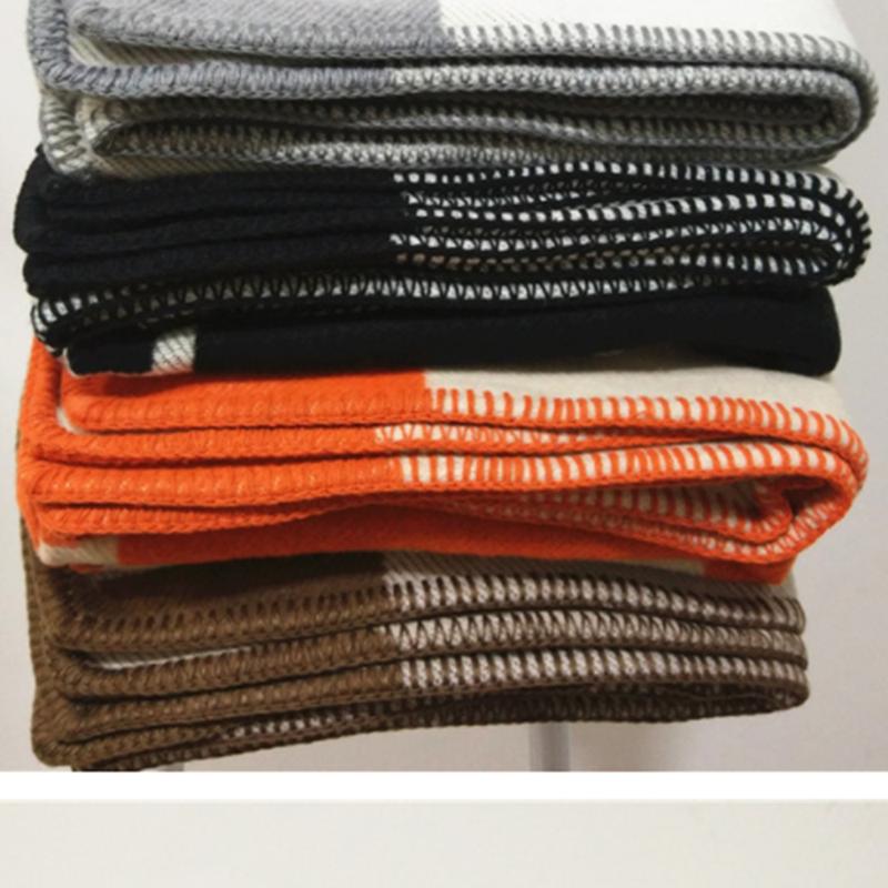 Marque Plaid H couverture jeter cachemire Crochet doux laine écharpe châle Portable chaud canapé lit polaire tricoté rose couverture taie d'oreiller