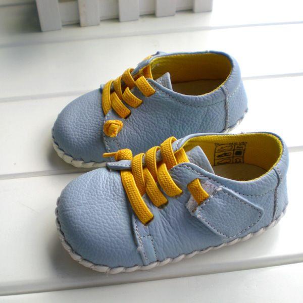 2018 OMN marca Cuero auténtico Zapatos interior Zapatos de bebé Niños Niñas niño antideslizante suave Zapatos moda azul claro Primeros pasos