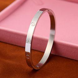 Romantique Conception Manchette Bracelets et Bracelets pour les Amateurs De Mode Marque Carter Amour Bracelet pulseira feminina De Luxe Cadeau de Saint-Valentin