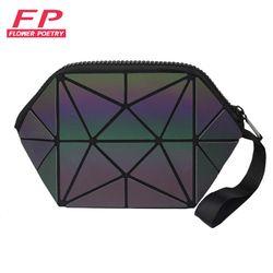 2017 New Geometric Zipper Cosmetic Bag Women Luminous Makeup Bag Ladies Cosmetics Organizer Folding Travel Make Up Bag wholesale
