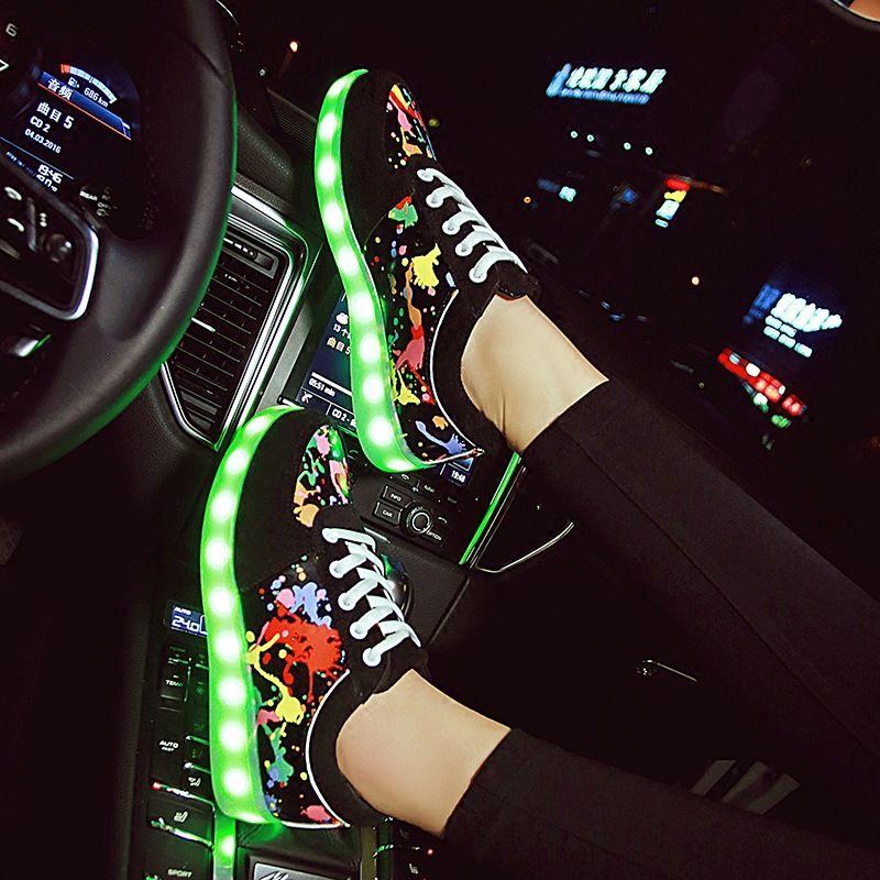 KRIATIV Size27-44 Coloré Usb Charge Chaussures Baskets Lumineuses LED Pantoufles Lumière Up Fille Led Chaussures Infantile Lumineux Sneakers