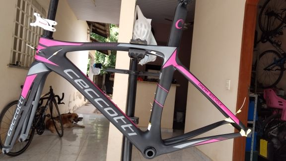 2017 new carbon road bike frame all internal Derailleur Cables Carbon Road Frame made in China cheap road framesets