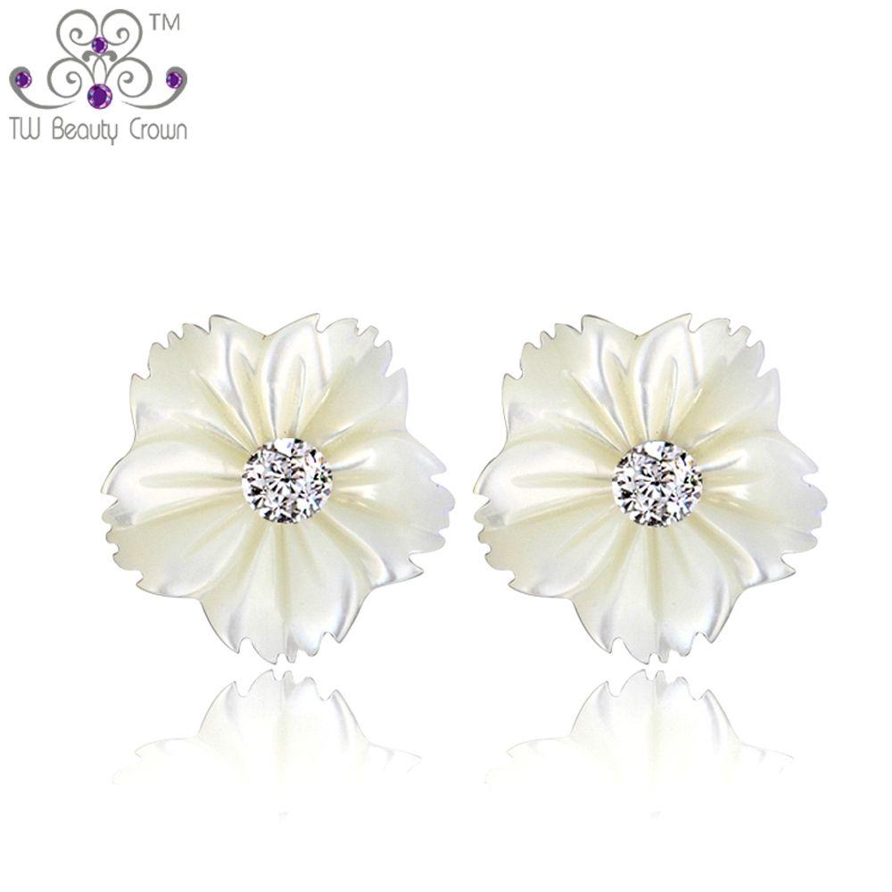 Pendientes tipo botón de perla natural en forma de margarita para mujer, nueva joyería coreana de moda 2014 de plata esterlina 925 para señoritas adolecentes