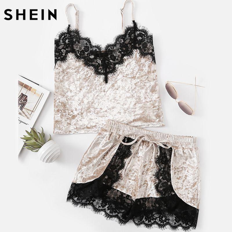 Шеин женские пижамы пижамный комплект серый ремень спагетти ресниц Кружево отделкой рукавов Velvet Cami и Шорты для женщин пижамный комплект