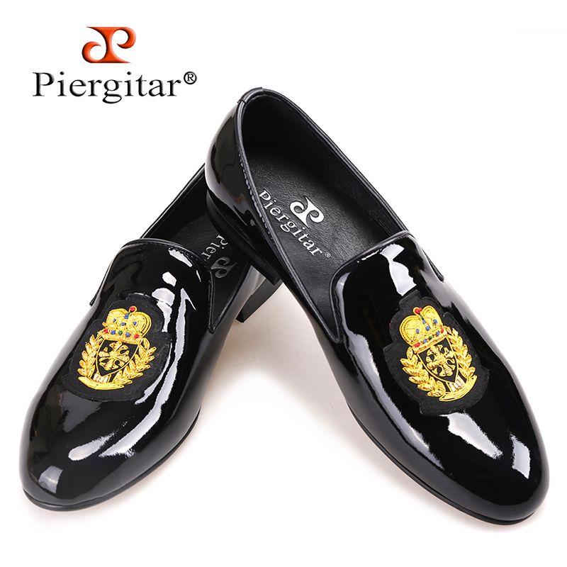Piergitar/2018 новый черный из лакированной кожи мужские лоферы с золотой Роскошная вышивка модная праздничная и Свадебная обувь Мужские модельн...