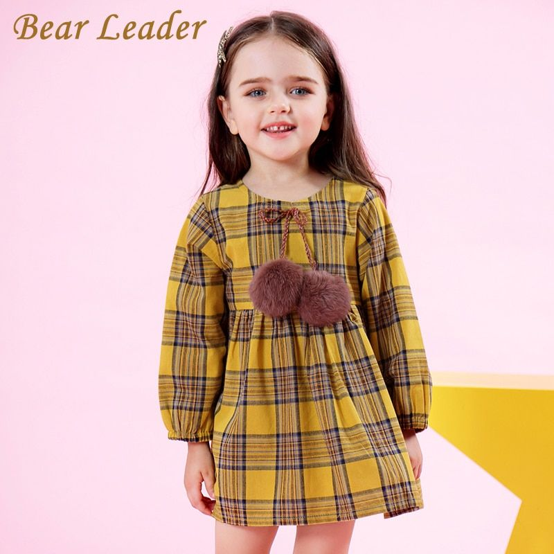 Bear Leader Girls Dress 2018 New Spring Brand Girls Clothes Classical Plaid Fur Ball Bow Design Baby Girls Dress For 3-7 Years