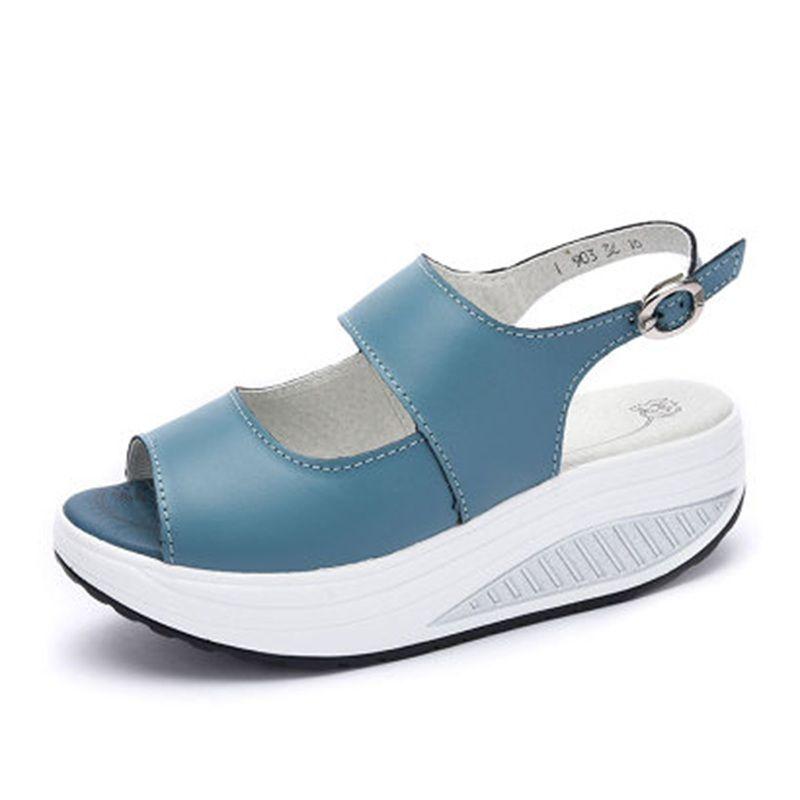 Femmes secouer chaussures mode femmes d'été sandales épaisses compensées pente plate-forme tête en cuir sandales femmes chaussures