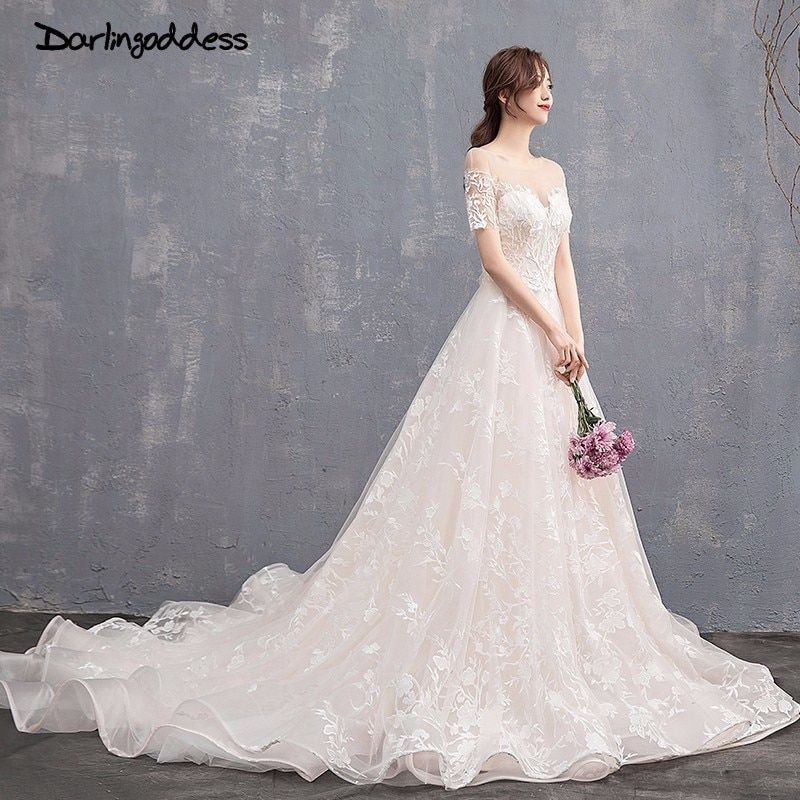 Champagne Lace Flower Embroidery Wedding Dresses Scoop Neck Short Sleeve Luxury Wedding Gown 2018 Sexy Backless Wedding Dress
