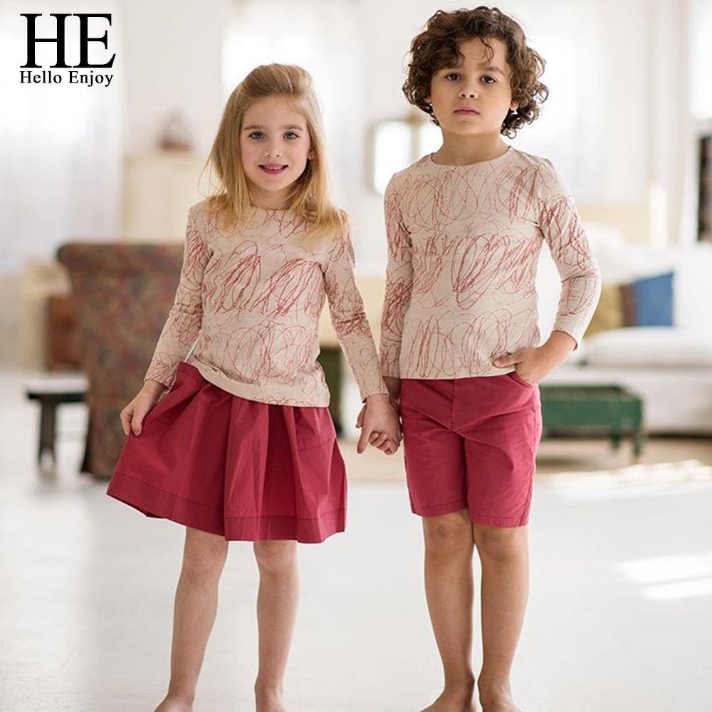 He Hello enjoy/семейная одежда сестра и брат с длинными рукавами с принтом граффити футболка + красная юбка и Шорты для женщин Семейные комплекты