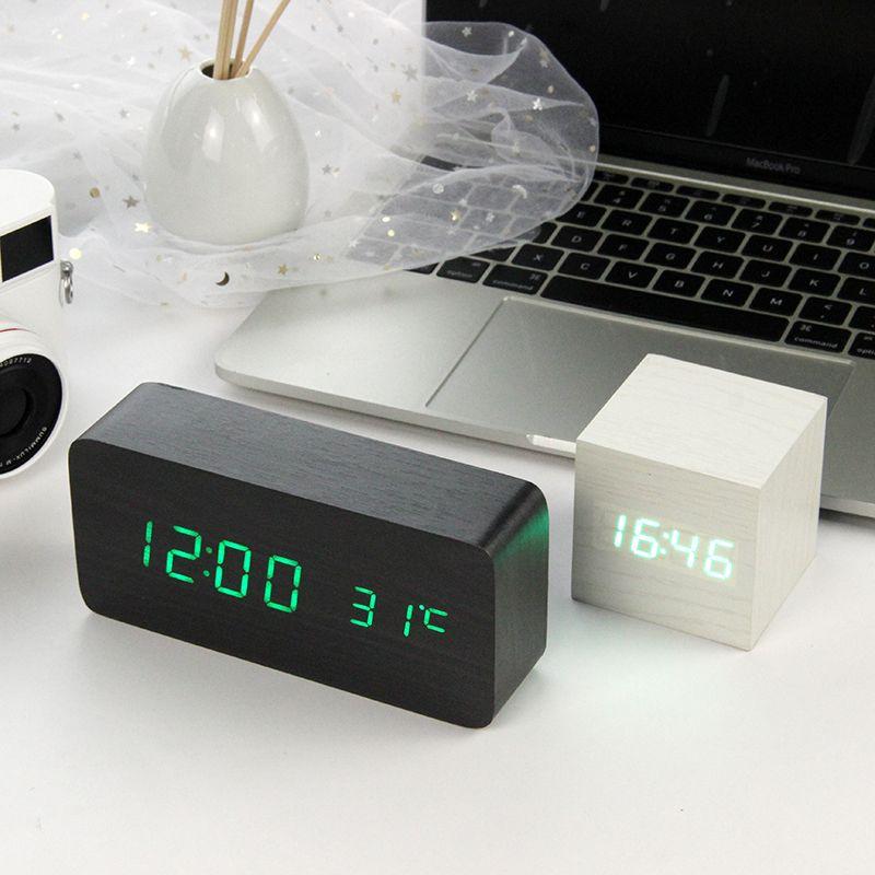 Led réveil en bois Montre Table contrôle vocal Numérique Bois Despertador Électronique De Bureau USB/AAA Propulsé Horloges décoration de Table