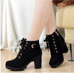 Las mujeres Botas de Estilo Británico Clásico de Las Mujeres de La Motocicleta Martin Boots Punk Vendaje Otoño Zapatos Impermeables Zapatos Negros más el tamaño 35-42