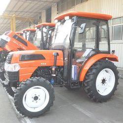50 HP 4-drive trabajo agrícola máquina grande de cuatro ruedas Tractor con cabina