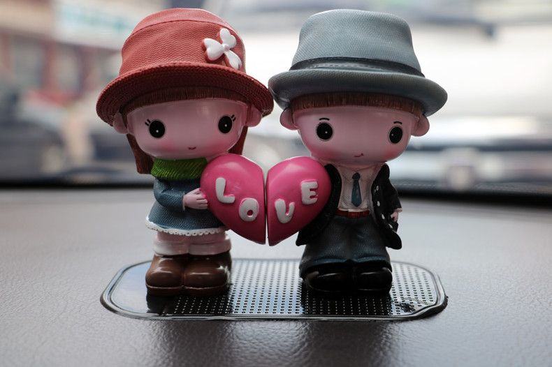 2 pieces / sets LOVE couple resin crafts car ornaments creative cute home jewelry crafts