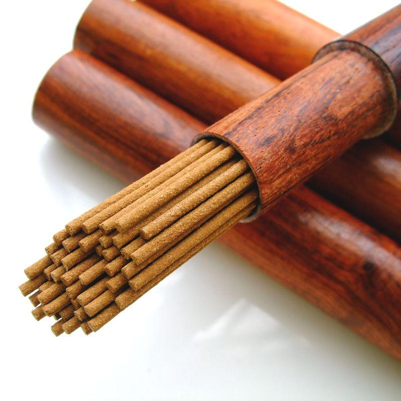 A + + Naturel Bois D'agar 6A Oudh Encens Vietnam Eaglewood 21 cm + 43 Bâtons Doux Arôme Parfum pour La Méditation aromathérapie