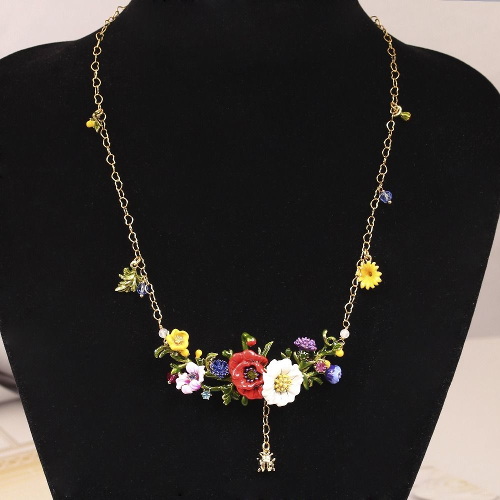 2016 LES Nereides New Plants Series Red Rose Daisy Gold Plated Ladybug Crystal Necklace Jewelry Women Gift Free Shipping