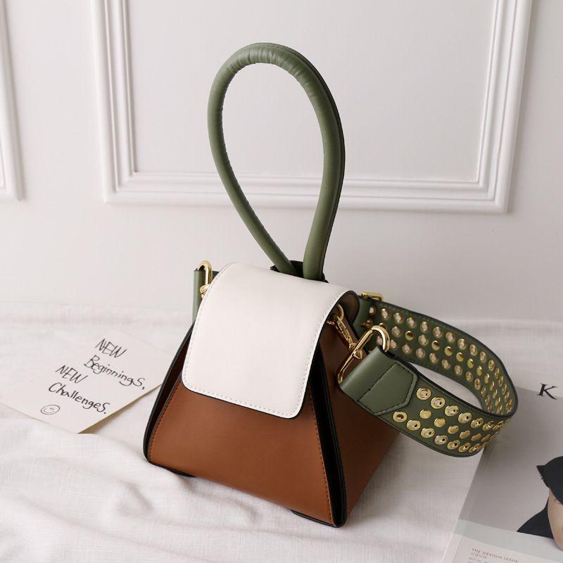 Fashion 2018 Panelled Hasp Luxury Handbags Women Bags Designer Tote Bags Split Leather Rivet Strap Trapezoidal Crossbody Bags