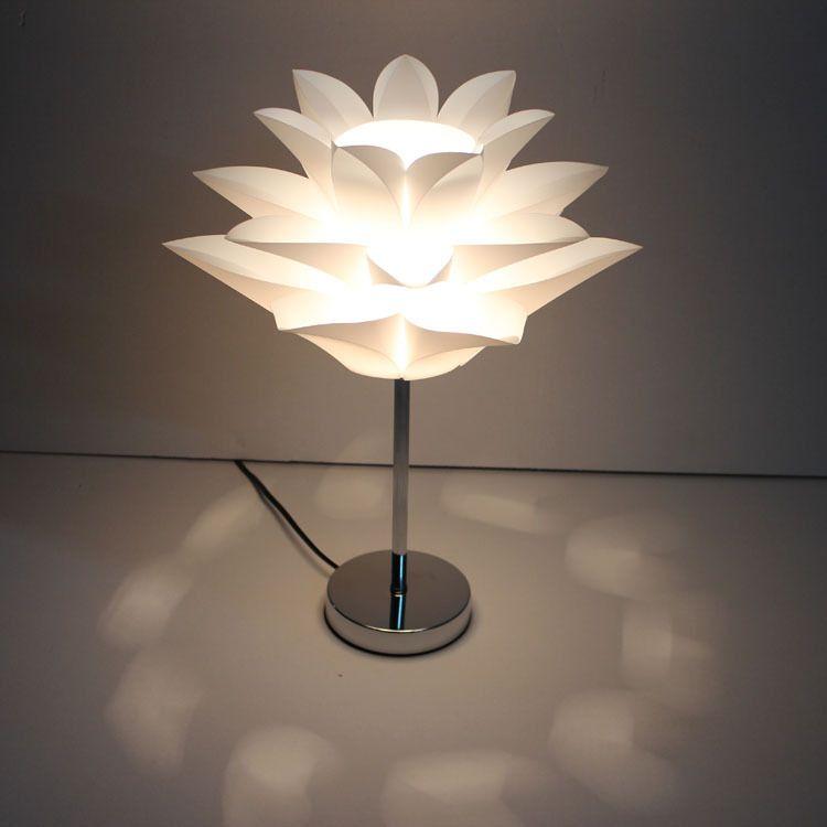 modern flower Table Lamp Bedside Desk lights Modern Book Lamps E27 110V 220V Reading Lighting Fixture