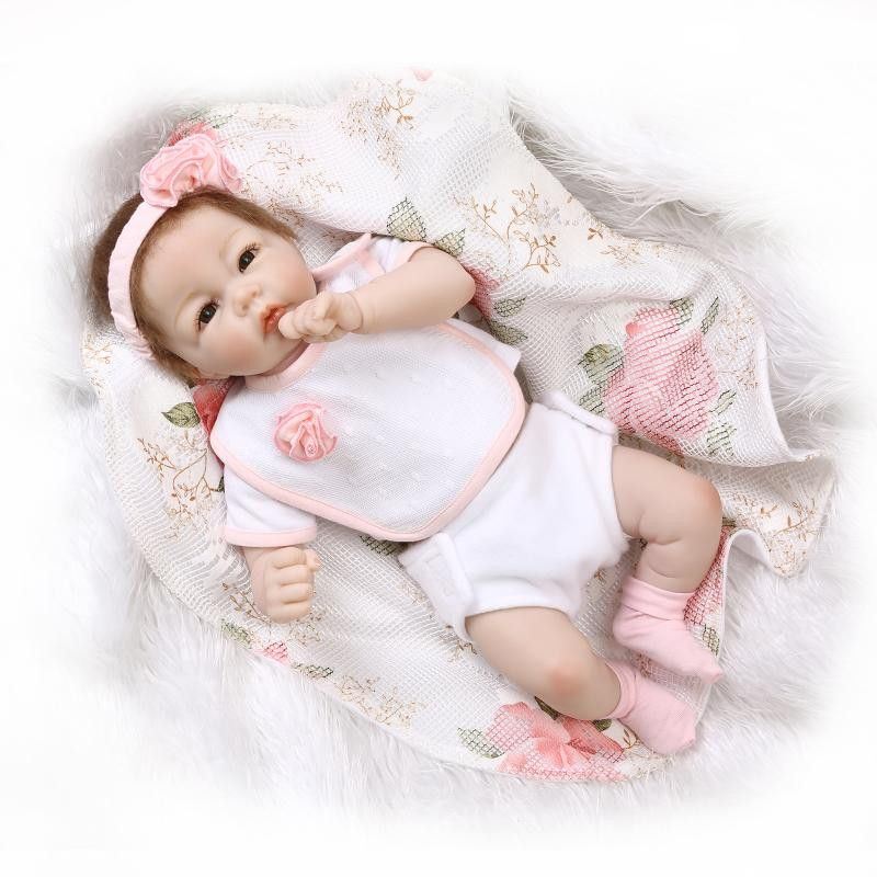 Lovely Silicone Reborn Baby Doll Toy Lifelike Newborn Girl Babies Princess Doll Fashion Birthday Gift Present Play House Toy