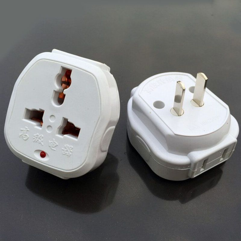Plug Power Converter Adaptor Jack Conversion Socket  A Hole is Converted Into Seven Holes