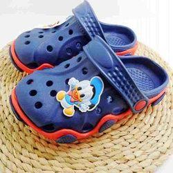 Новое поступление, модные летние сандалии для мальчиков и девочек, пляжная обувь, очаровательные шлепанцы, обувь EVA
